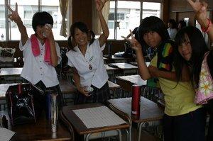 Shake_girl_2
